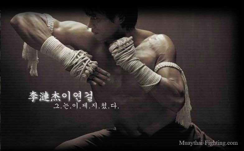 Muay-Thai-Wallpapers-Tony-Jaa-6